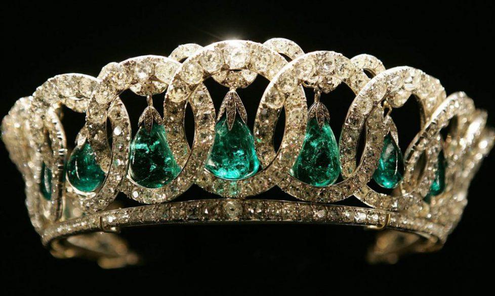 Greatest_Crown_Jewels03-1