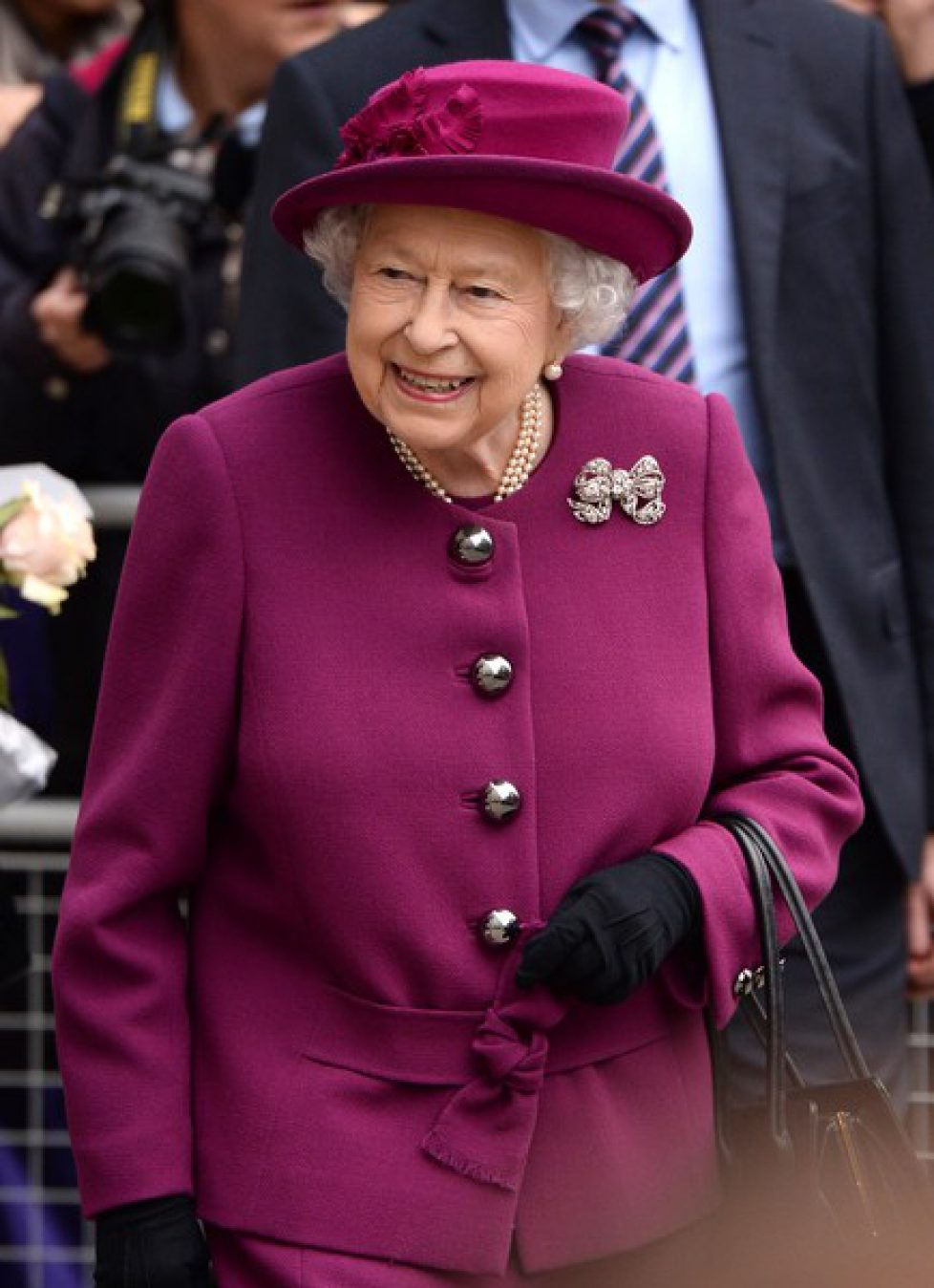 Queen+Attends+Anglo+Norse+Society+Centenary+Fp3Nh3XOjo6l