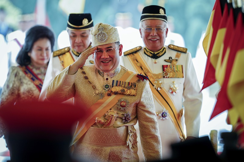 Muhammad V, Najib Razak