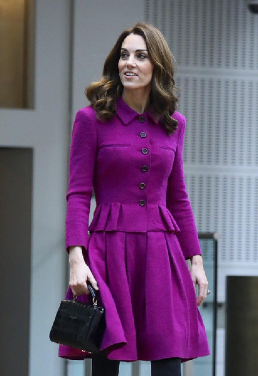 Duchess+Cambridge+Visits+Royal+Opera+House+6e3Lc05_M-Gl
