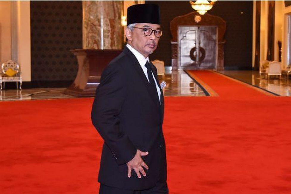 La-Malaisie-a-un-nouveau-roi-le-sportif-sultan-de-Pahang