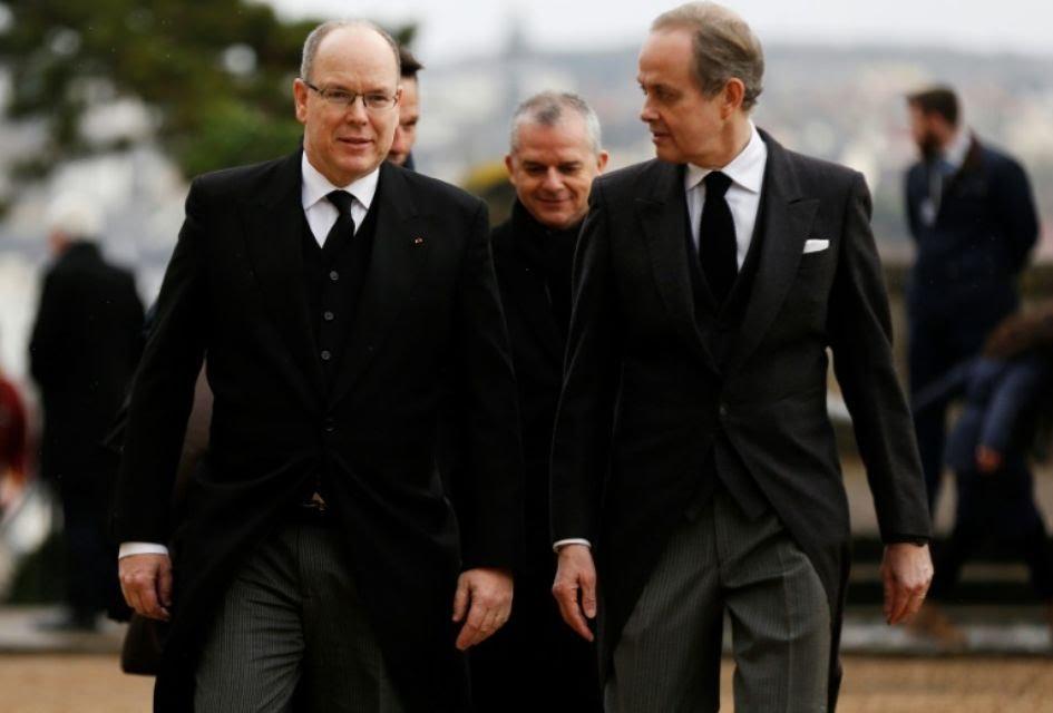 Les obsèques du comte de Paris – Noblesse & Royautés