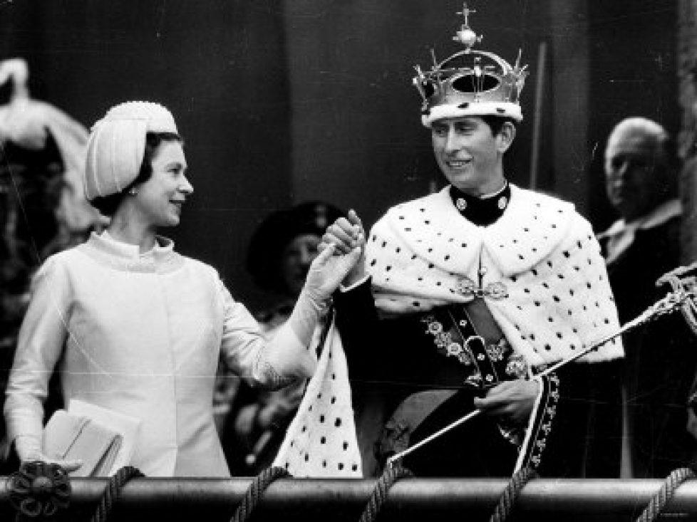 ermine-cloakcharles-prince-of-wales-investiture-at-caernarvon-wearing-ermine-2ditson2
