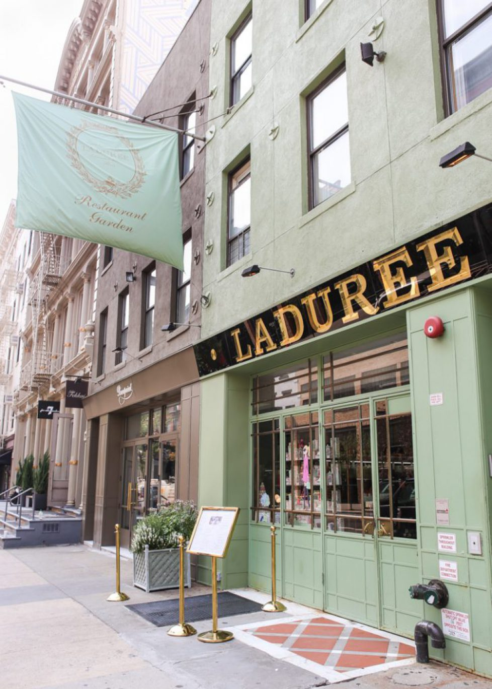 laduree-soho-23