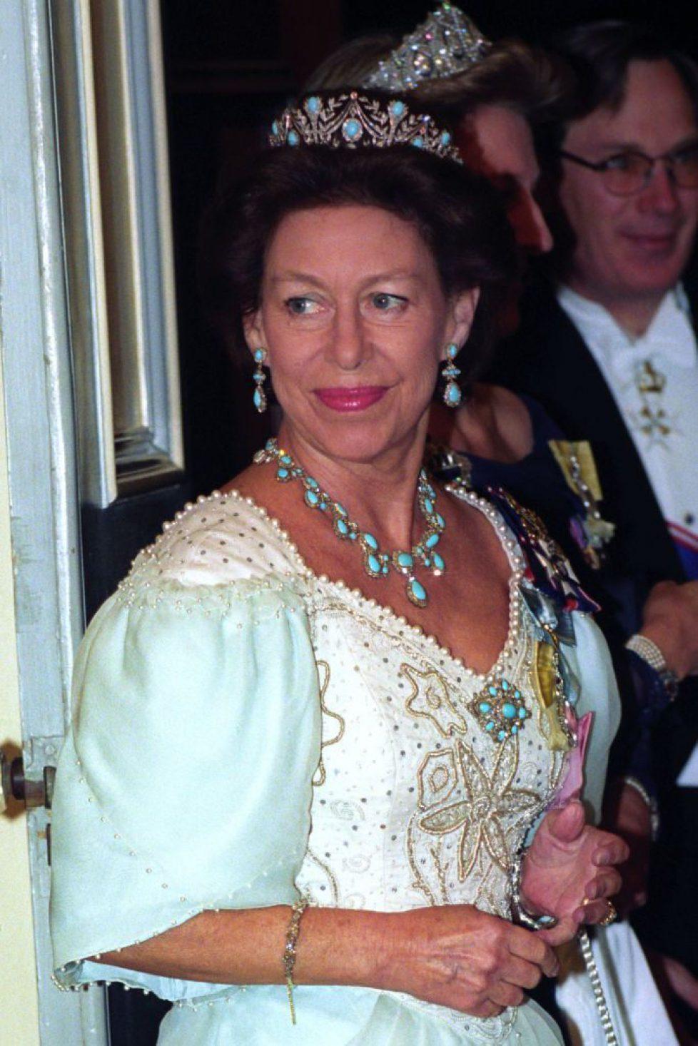 princess-margaret-before-entering-the-banqueting-room-at-news-photo-829797812-1541453914