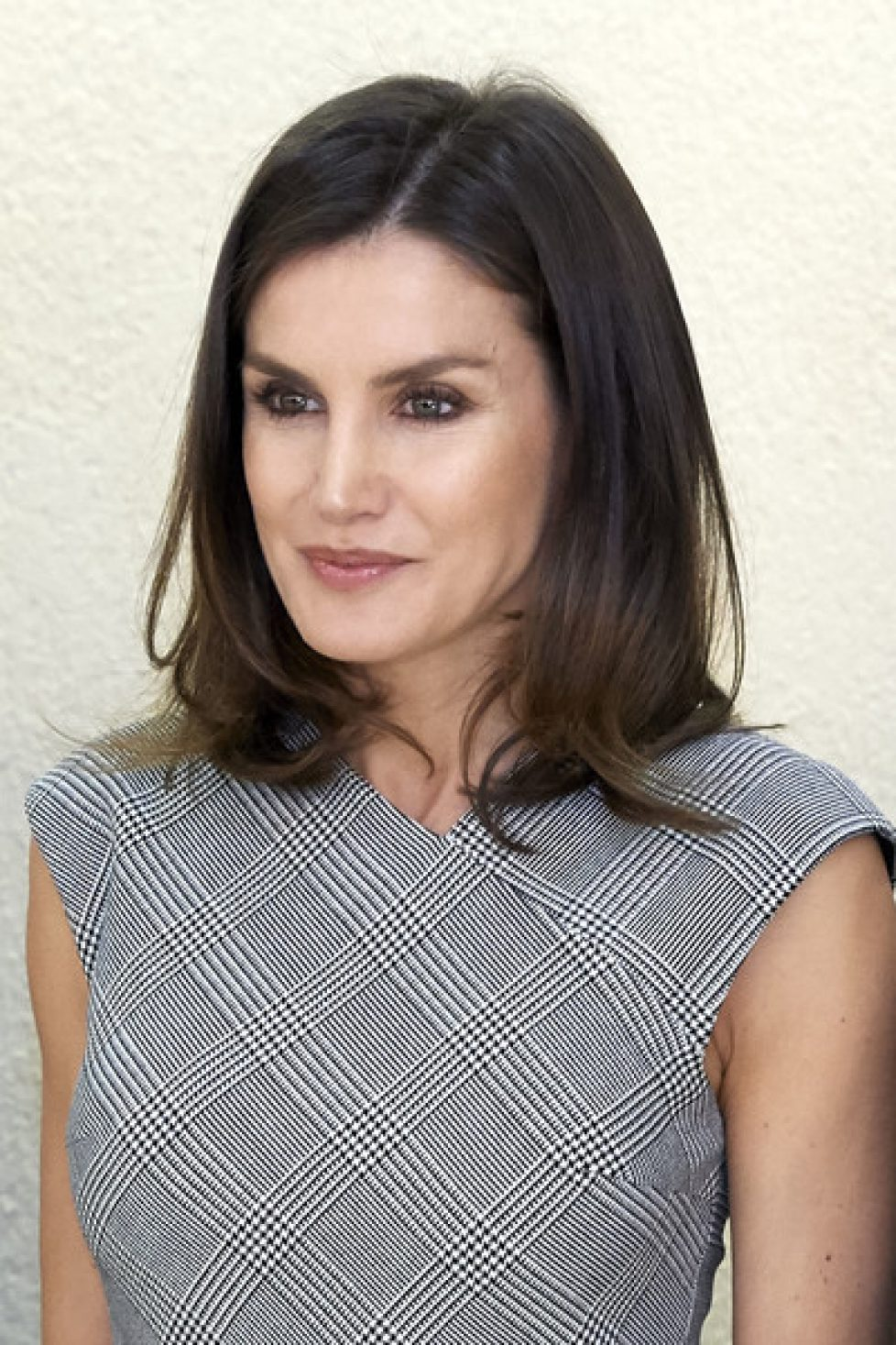 Queen+Letizia+Attends+Rare+Diseases+World+FBYAYYoLDrBl