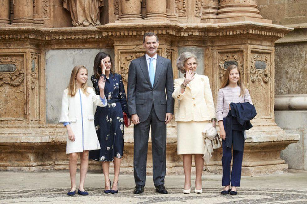 Spanish+Royals+Attend+Easter+Mass+Palma+de+bg1qq0avynKl