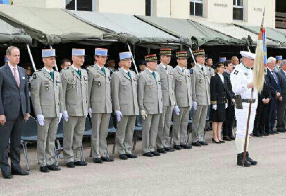 de-nombreux-anciens-chefs-de-corps-etaient-presents-pour-cette-ceremonie-1558365862-1-1