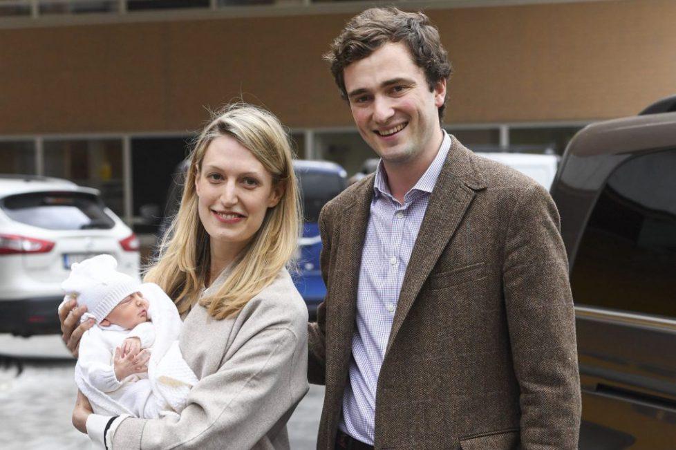 Amedeo-de-Belgique-s-installerait-en-Suisse-avec-Lili-et-leur-fille