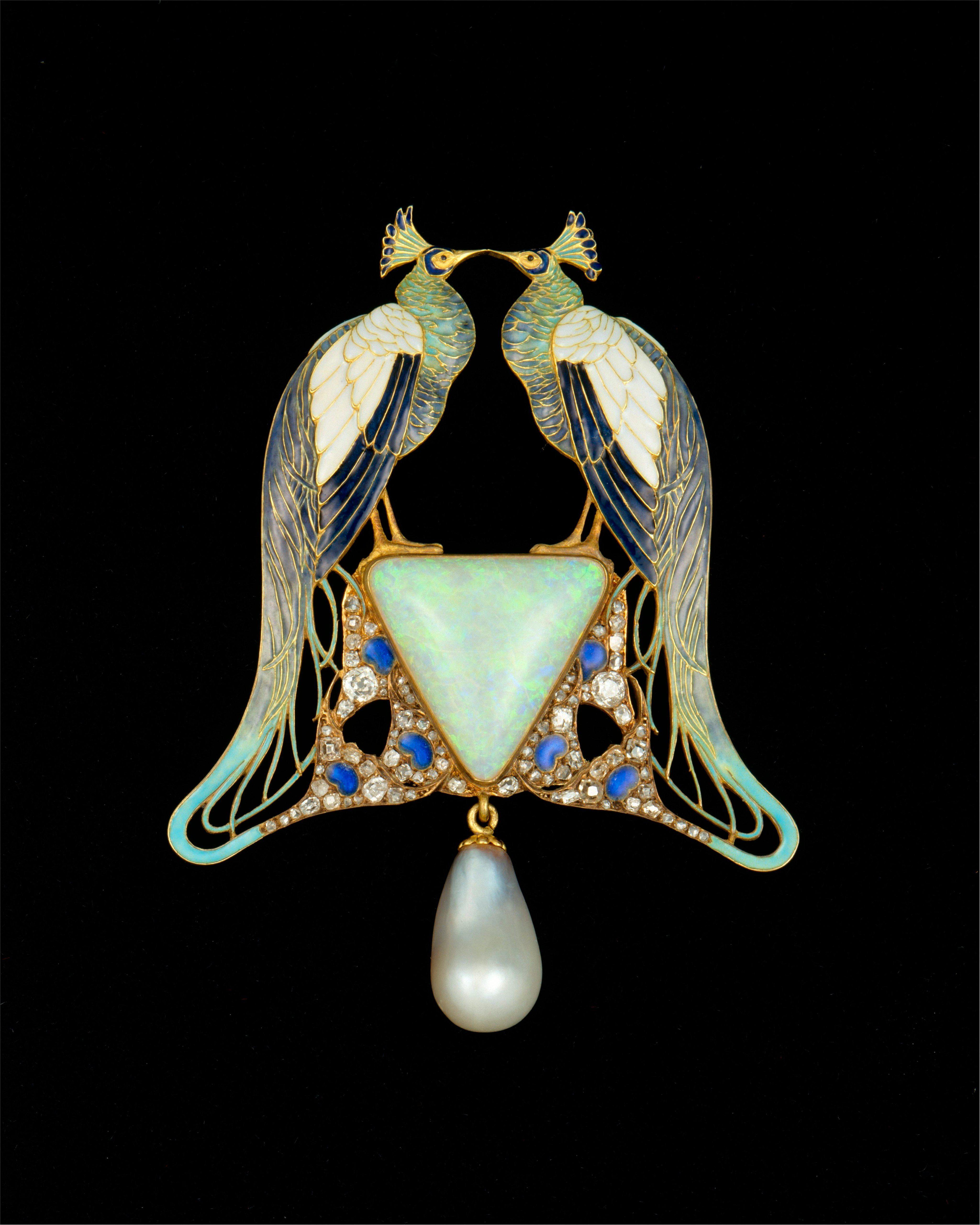 Pendant. Artist: Rene-Jules Lalique (French, AA¿ 1860-1945 Paris); Date: ca. 1901; Culture: French, Paris; Medium: Gold, enamel, opal, pearl,