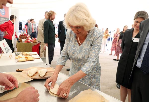 Prince+Wales+Duchess+Cornwall+Visit+Devon+CX4F6LvxQXzl