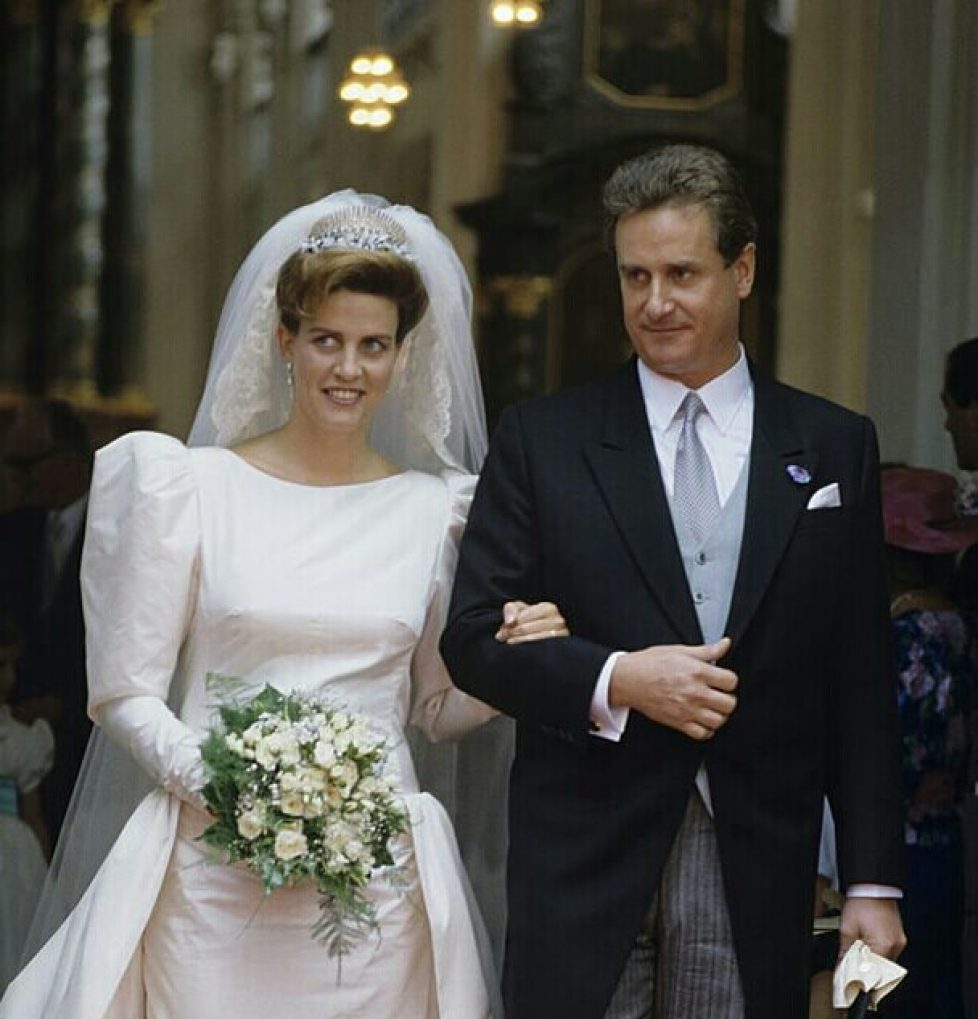 prince-gundakar-of-liechtenstein-marries-marie-dorleans-juillet-1989-picture-id162567245-1-1-1