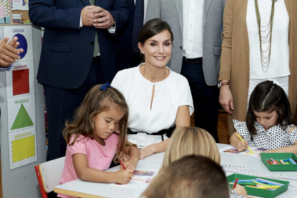 Queen+Letizia+Spain+Opens+School+Course+Torrejoncillo+IJa9xpQOwoEl