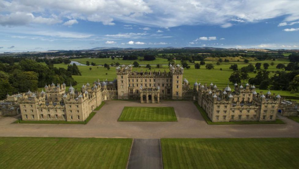 floors-castle-front-view