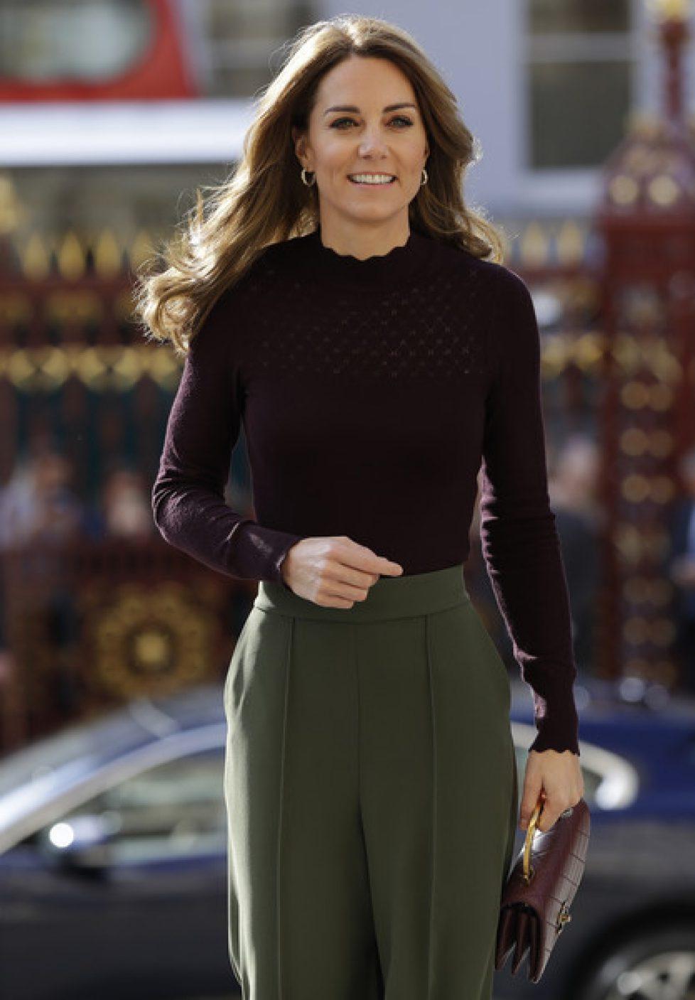 Duchess+Cambridge+Visits+Angela+Marmont+Centre+PkhlD0YfHNZl