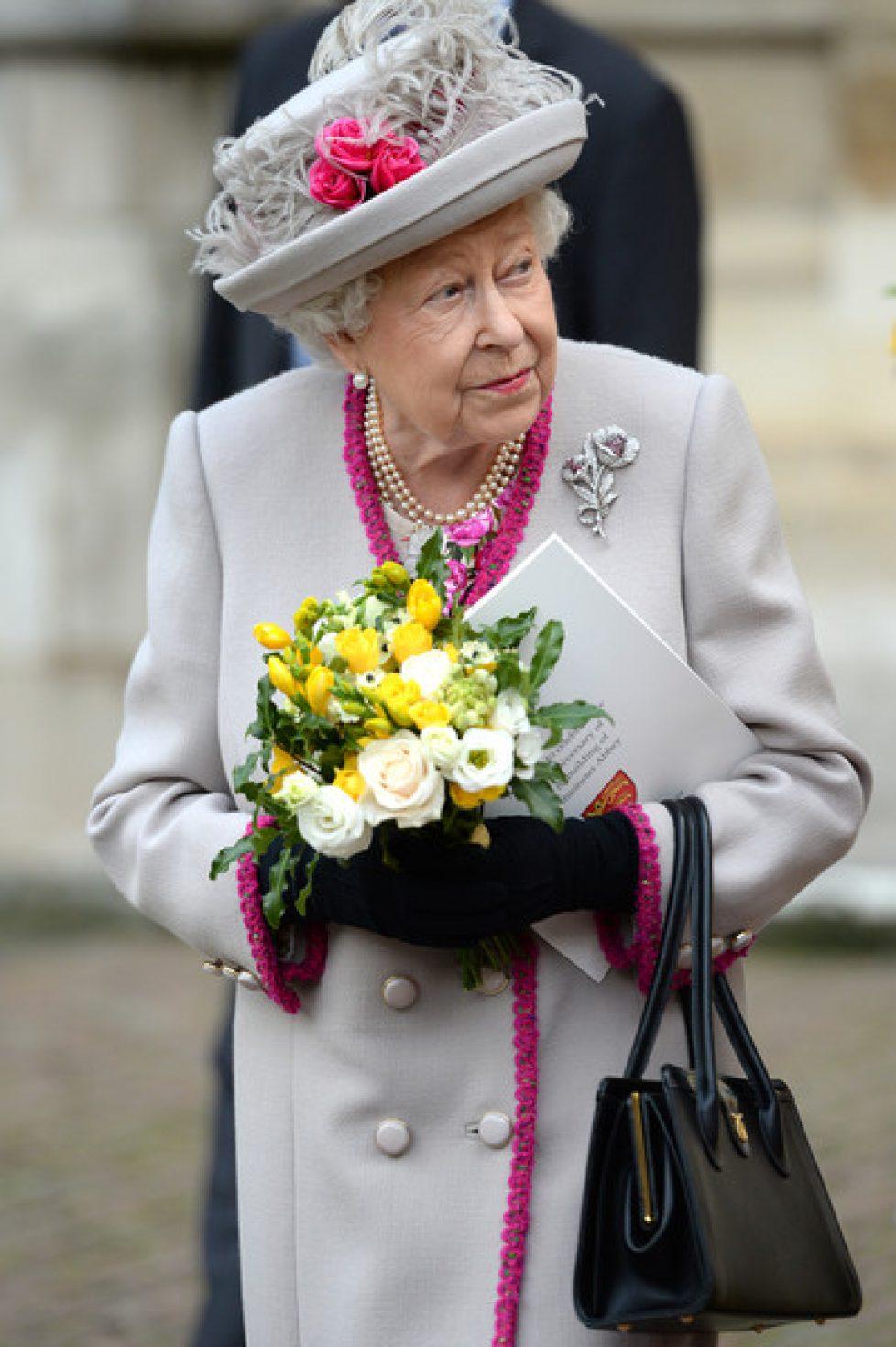 Queen+Duchess+Cornwall+Attend+Service+Marking+fyMUFEYP-l3l