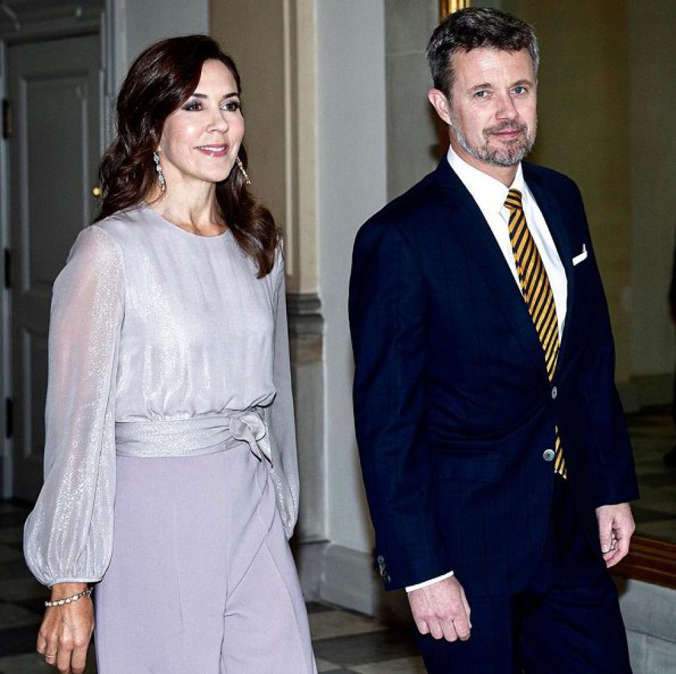 crown-princess-mary-in-max-mara-jumpsuit-2