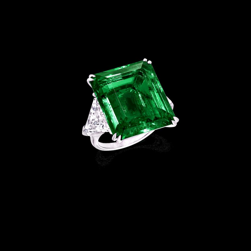 Graff-Emerald-High-Jewels-Emerald-Cut-Emerald-and-Diamond-Ring-GR44091