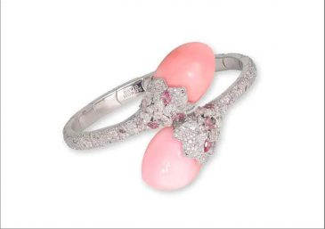 David-Morris-conch-pearl-diamond-bracelet