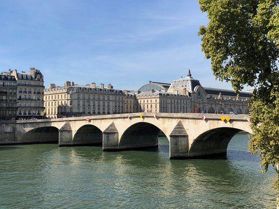 pont-royal