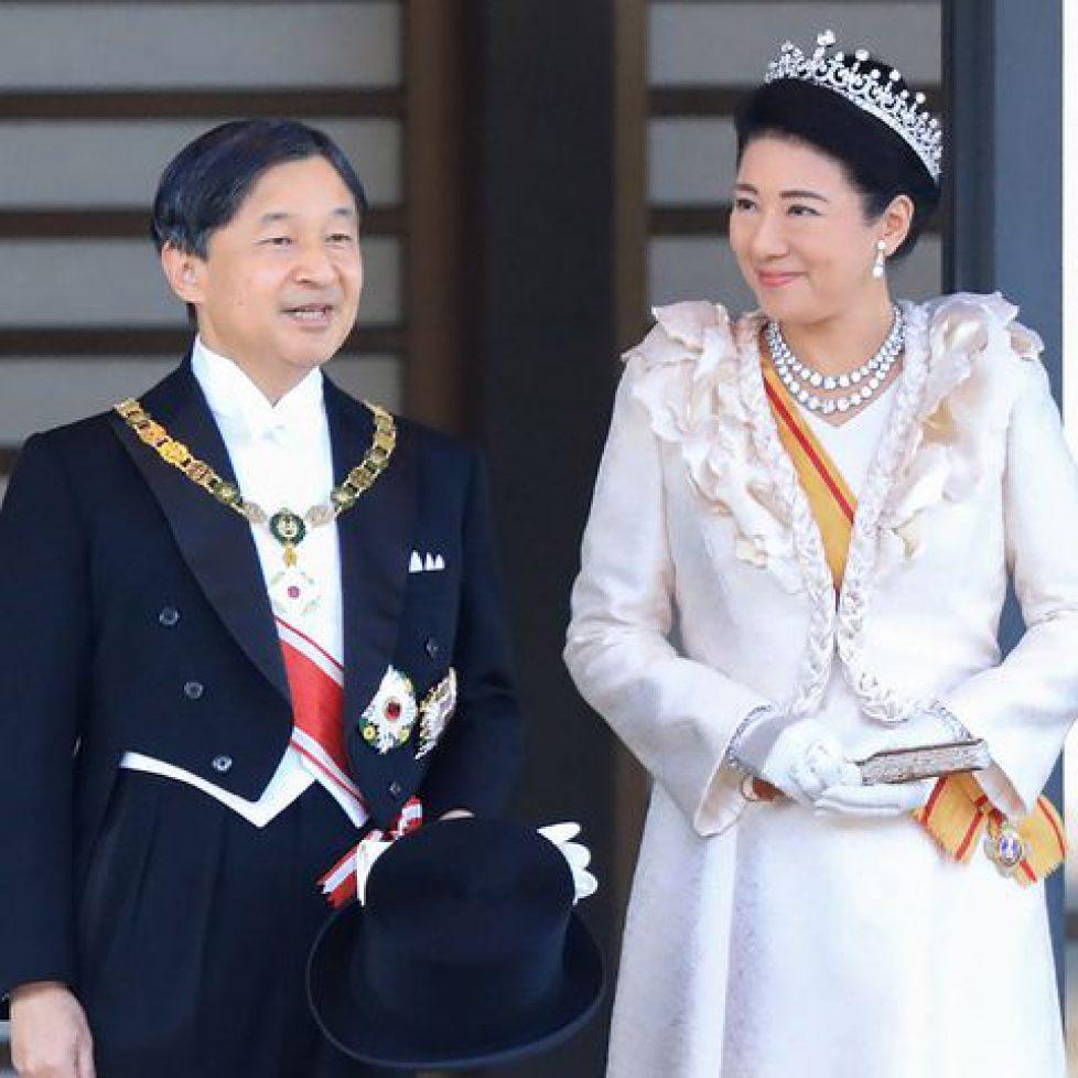 queen-elizabeth-emperor-naruhito-empress-masako-1579012799