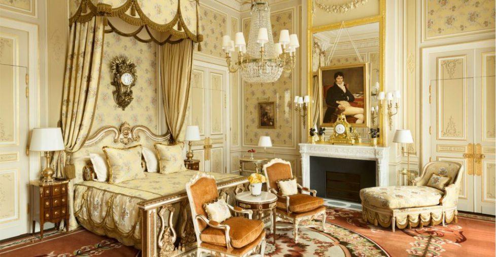 ritz-paris-hotel-suite-imperiale-chambre-marie-antoinette-1024x532