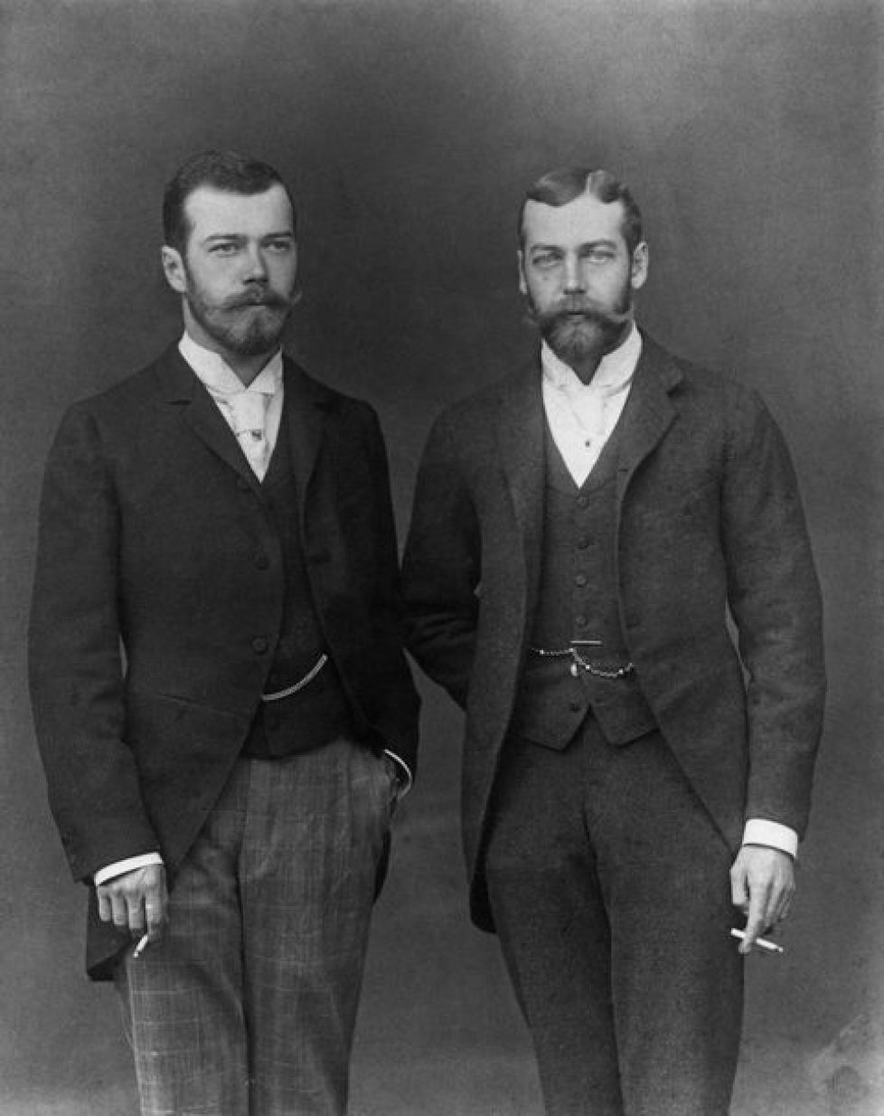 the-tsarevich-of-russia-with-his-cousin-prince-george-duke-news-photo-1582576037