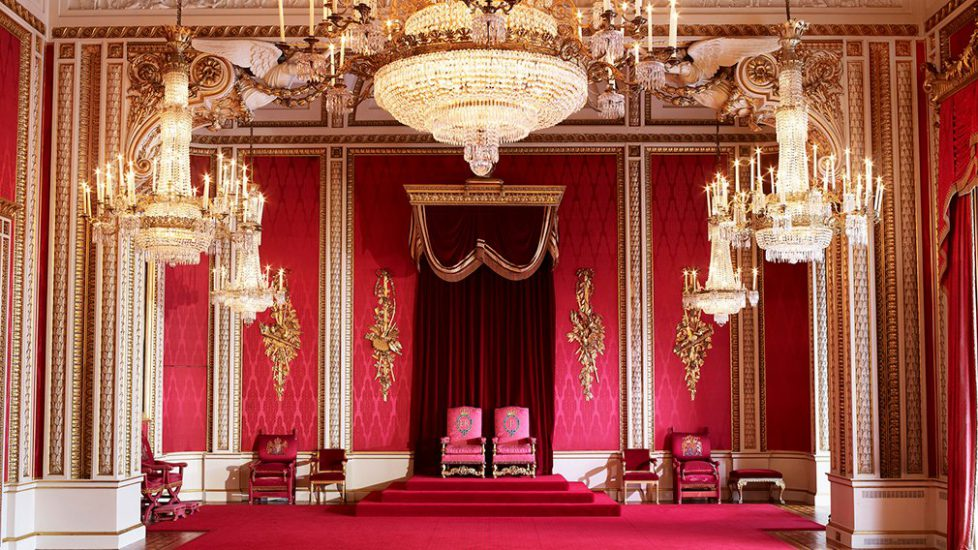 throneroom-1010
