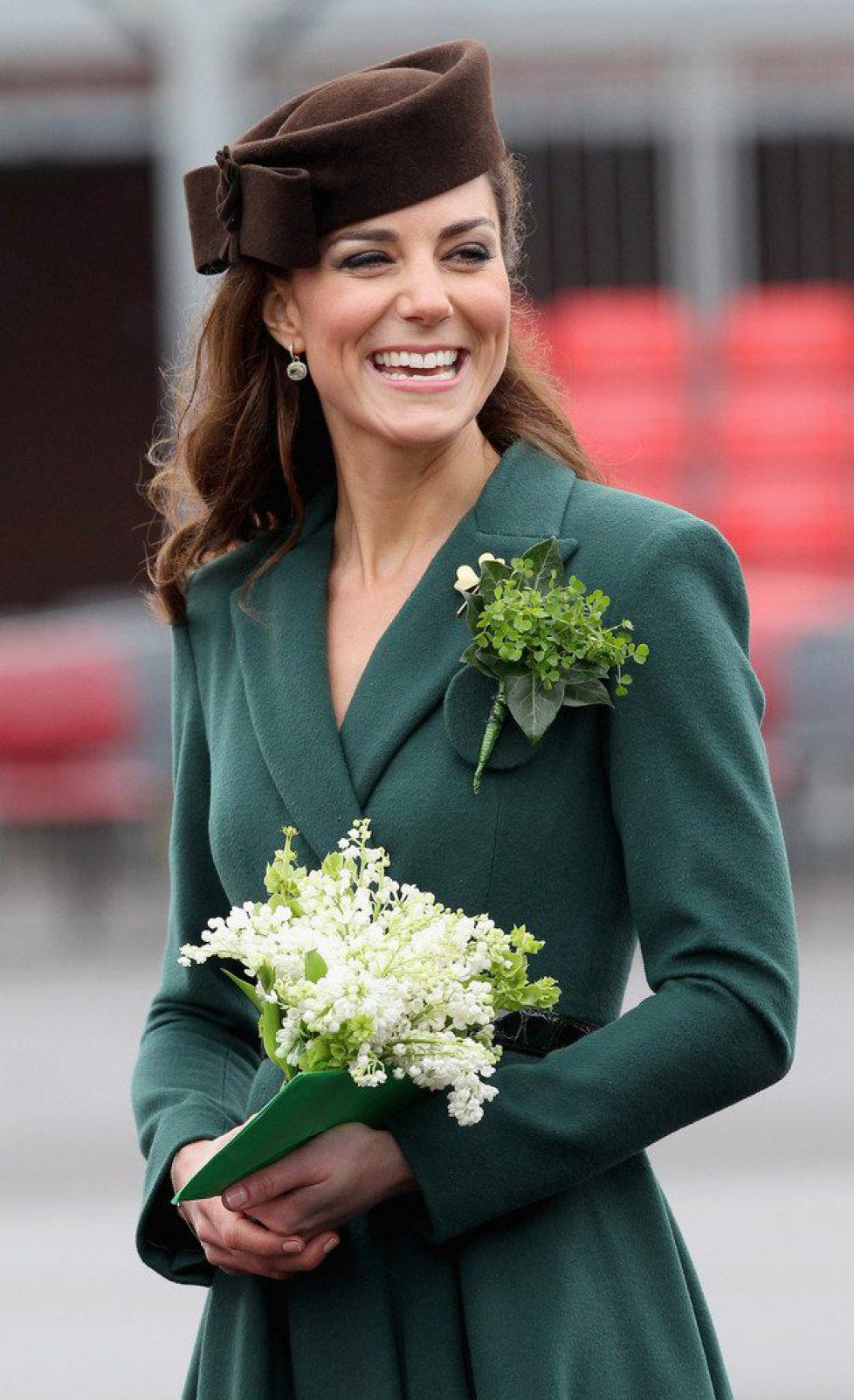 Duchess+Cambridge+Visits+Irish+Guards+Their+_1TGNi8Y4qTx
