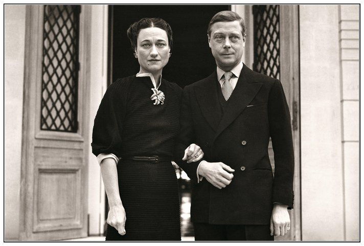 1939 Duke of Windsor and Duchess of Windsor Wallis Simpson Photocall Portrait Jan. 2, 1939  Duke of  Windsor and Duchess of Windsor Wallis Simpson stand at the entrance of  Villa De La Croe in Cap Antibes, Cannes, where they celebrated the New Year. Walli