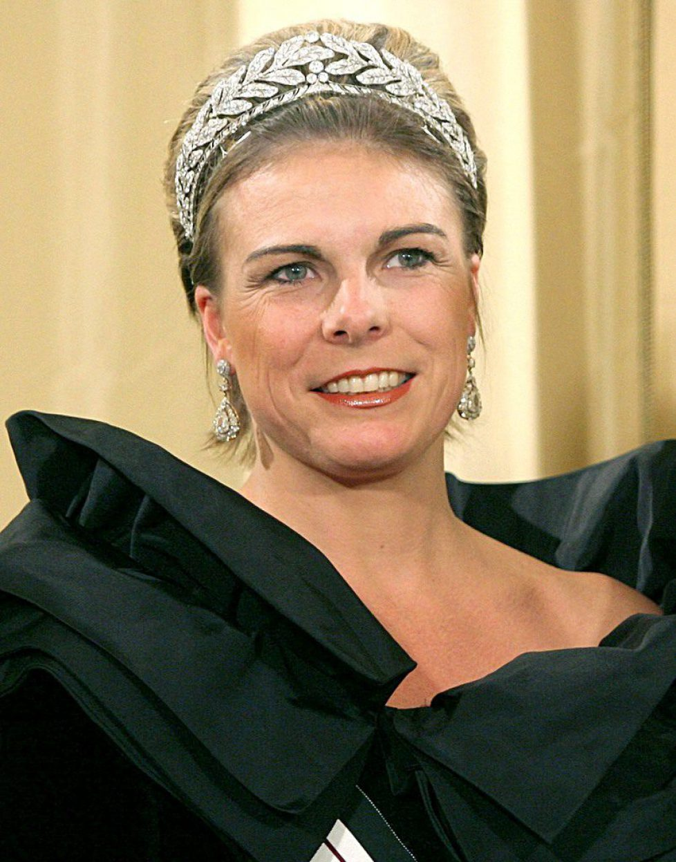 75--the tiara-H.R.H. Princess Laurentien of The Netherlands, née Brinkhorst (1966) 1229cu8_zpscr9qkm3z