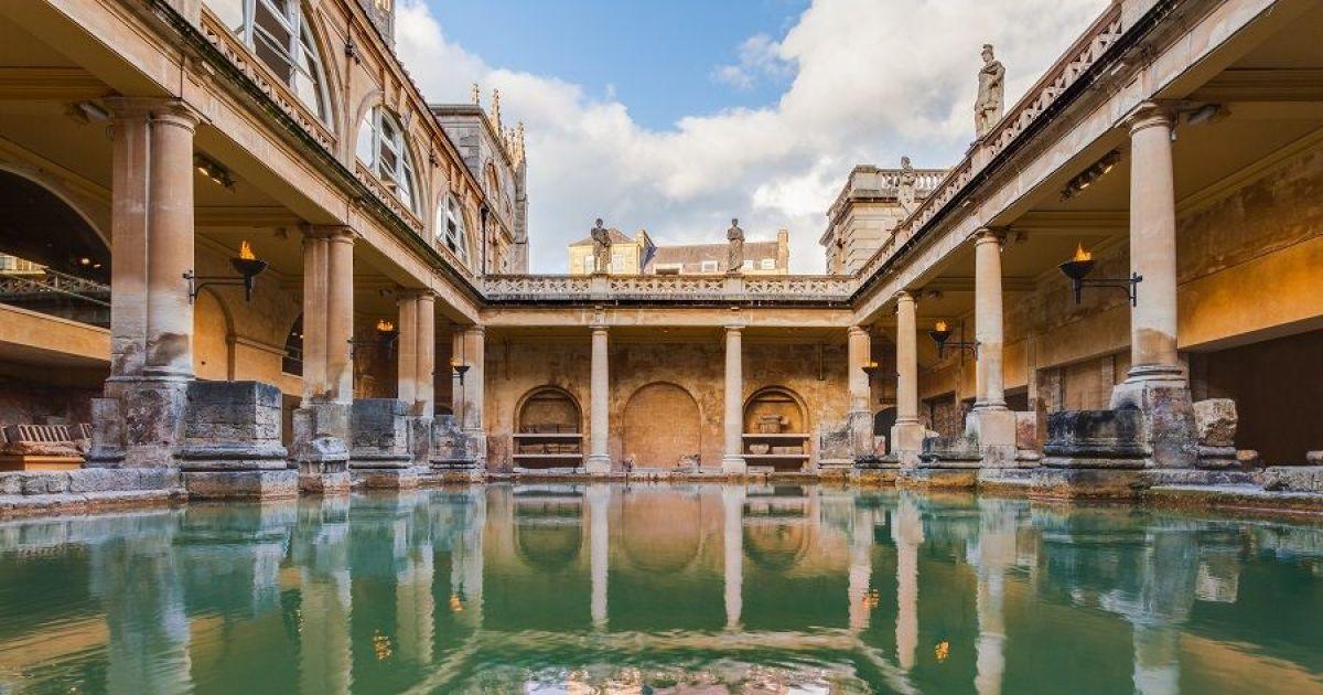 les-thermes-romains-de-bath-20608-1200-630