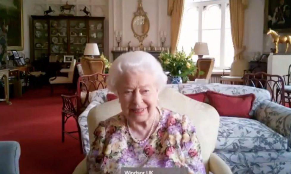 queen-zoom-t