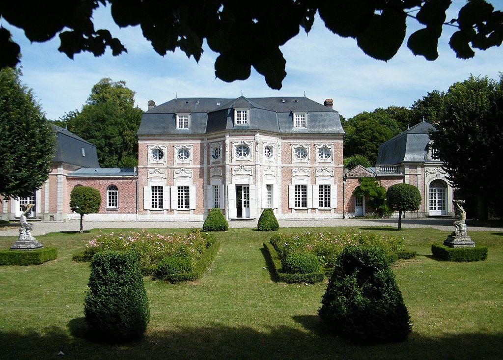 1024px-Abbeville,_Somme,_Fr,_Château_de_Bagatelle