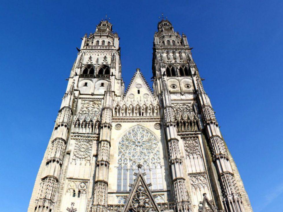Cathédrale-St-Gatien-Tours-dadavidov-1320x990