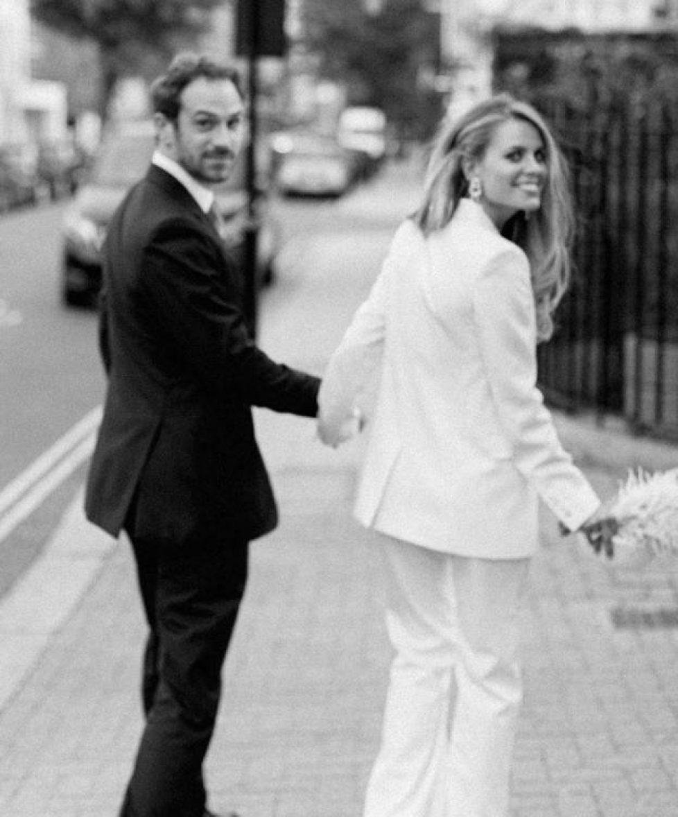 carlota-casiraghi-las-fotos-de-la-boda-de-su-primer-gran-amor-y-la-fortuna-de-su-mujer