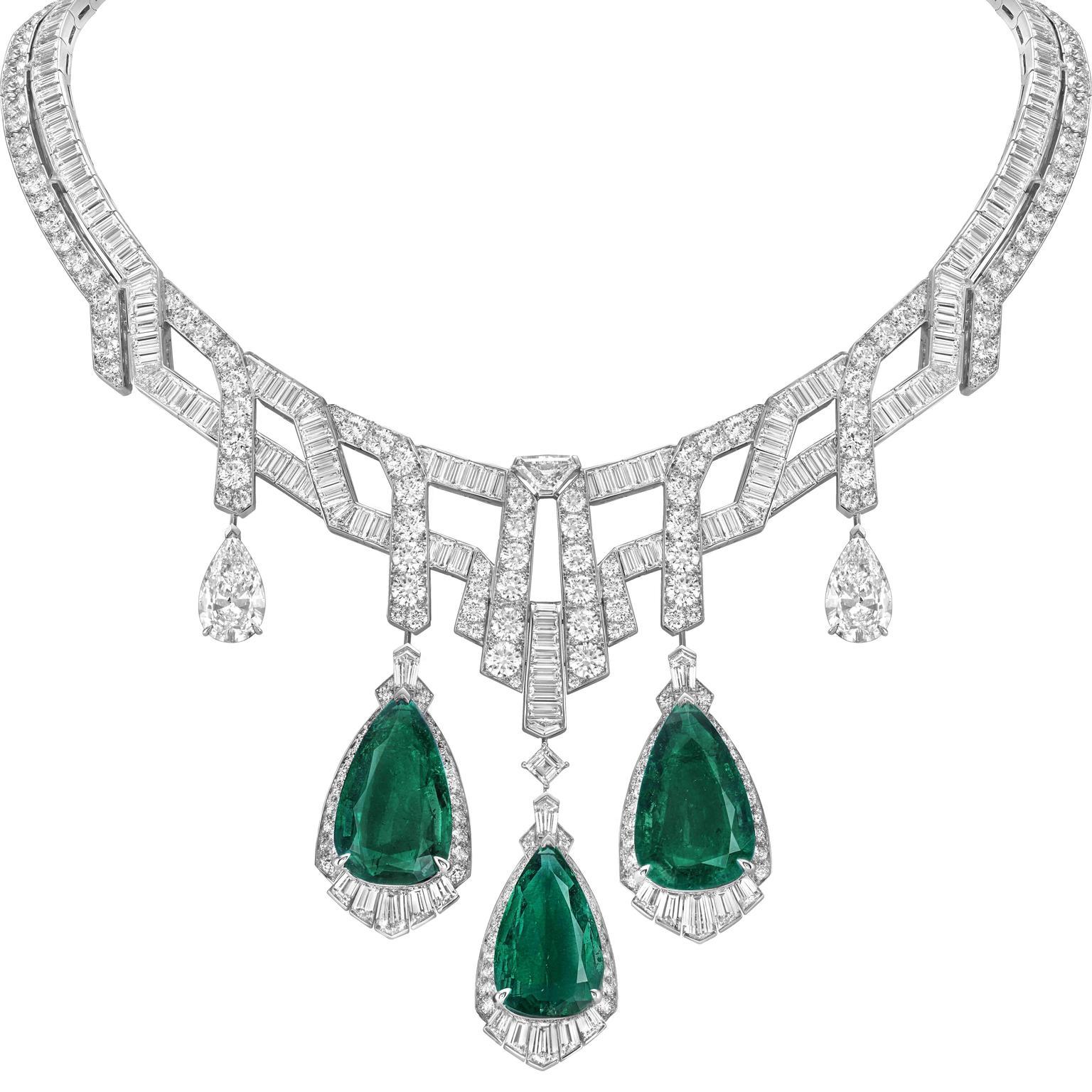 van_cleef__arpels_merveilles_demeraudes_necklace.jpg__1536x0_q75_crop-scale_subsampling-2_upscale-false