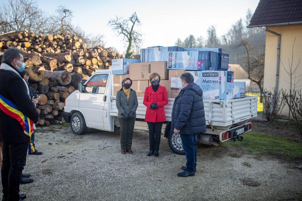 Donatie-si-daruri-de-Craciun-la-Savarsin-22-decembrie-2020-3