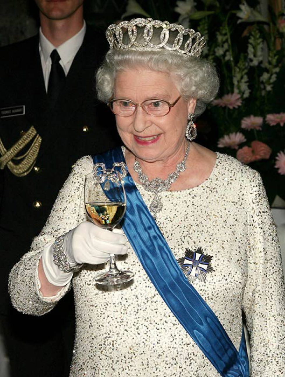 The-Queen-toast-a