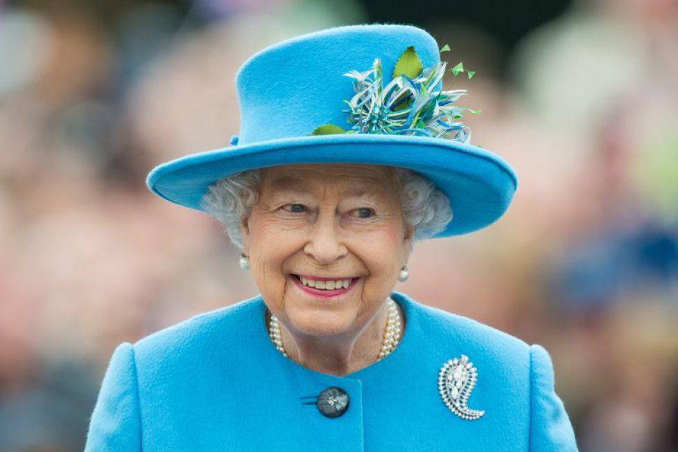 queen-elizabeth-net-worth-1532540151