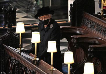 41877852-9482725-The_Queen_pictured_today_at_St_George_s_Chapel_could_take_a_step-m-31_1618689595806
