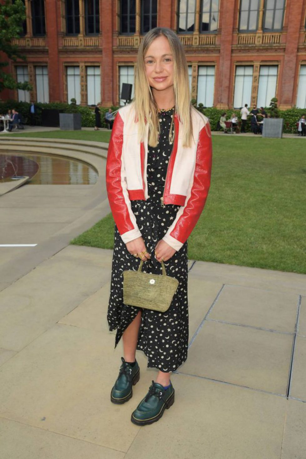 amelia-windsor-at-the-private-view-of-alice-curiouser-and-curiouser-at-the-va73