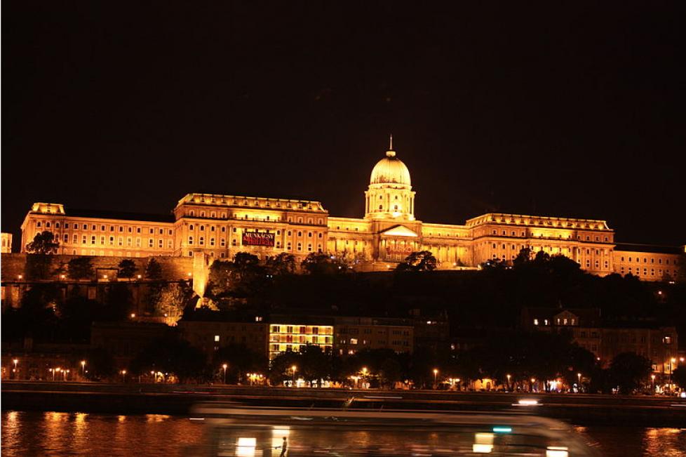 1 - Palais la nuit